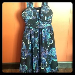 Candie's formal silky dress